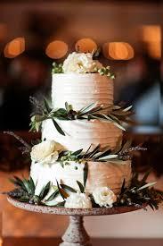 wedding cake greenery wedding wednesday gorgeous greenery