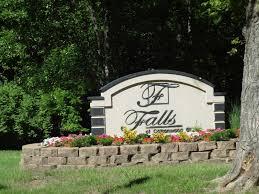 falls at cottonwood creek apartments kansas city ks 66106