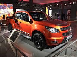 bugatti pickup truck chevrolet colorado pickup revealed in india at 2016 delhi auto