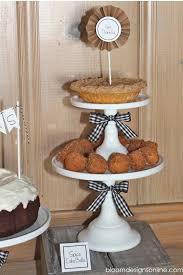 thanksgiving dessert table lil