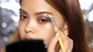 tutorial make up natural untuk kulit coklat punya kulit hitam manis terapkan 7 trik berdandan ini agar wajah