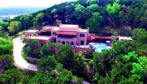 country mansion living la vida in a hill country mansion