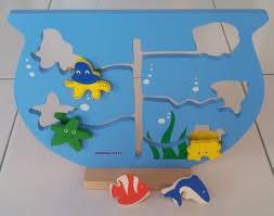 membuat mainan edukatif dari kardus mainan maze aquarium cardboard play ideas kreasi kardus bekas