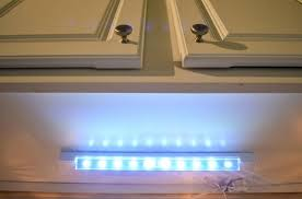 Battery Lights For Under Kitchen Cabinets Battery Powered Under Cabinet Lighting U2013 Kitchenlighting Co