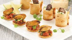 faire des canapes avec du de mie roulés d huîtres fumées avec tartinade piquante
