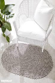 bernat welcome home crochet rug crochet pattern yarnspirations