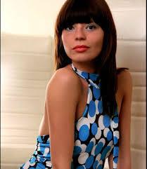 Manuela Cosenza Inhaberin von Coach \u0026amp; Style. Hairstylistin Jennifer Heinz. Fügen Sie diesen Artikel zu Social-Bookmarking-Diensten hinzu: - jenny2