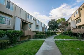 round table stevens creek and kiely 380 auburn way 1 san jose ca 95129 mls ml81694055 redfin