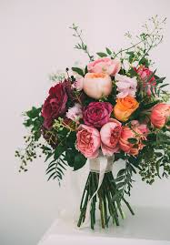 Fall Flowers For Weddings In Season - the prettiest rose wedding bouquets for every season peonies