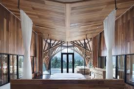 Prefab Studio Prefab U0027treehouse U0027 Retreat Lets You Sleep Among The Mountains Curbed