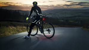 hi vis cycling jacket buyer u0027s guide the best reflective cycling clot