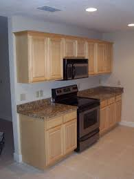 kitchen colors with wood cabinets kitchen paint colors with light oak cabinets home design ideas