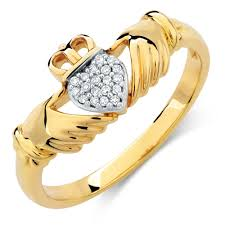 clatter ring claddagh ring with diamonds in 10ct yellow gold