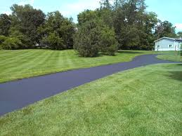 Average Cost Of Landscaping A Backyard 2017 Asphalt Paving Costs Install Resurface Replace Prices