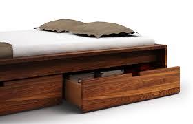 Schlafzimmer Bett Nussbaum Omaha In Nussbaum U2013 Bett Mit Kasten
