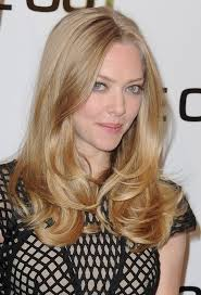 long hairstyles layered part in the middle hairstyle amanda seyfried long hairstyle middle part layered hairstyle