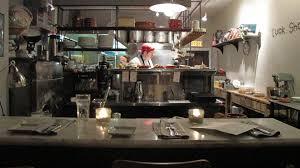restaurant cuisine ouverte tuck shop restaurant katerine lune rollet et ses tuyaux bouffe