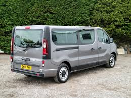renault vans used vauxhall vivaro 2900 eco flex 125bhp bi turbo eu 6 6 speed