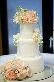 sugar flowers for wedding cakes using sugar flowers on your