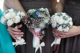 brooch bouquet tutorial how to make a brooch bouquet with flowers or without