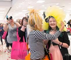 betsey johnson greets fans takes photos at las vegas mall u2013 las