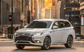 nissan pathfinder vs toyota highlander comparison mitsubishi outlander gt 2017 vs nissan pathfinder