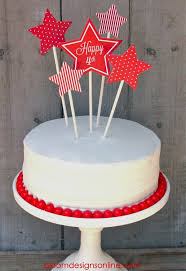 super festive fourth of july cake with free print on lilluna com
