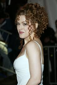 bernadette hairstyle how to bernadette peters beauty evolution oh gods i want to be her so