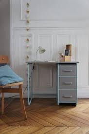 le de bureau vintage bureau vintage des ées 50 en bois et métal meubles et mobilier