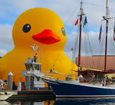 61 foot 11 ton duck coming to philadelphia waterfront