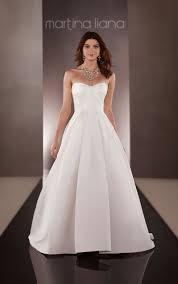 Wedding Dress Box The 25 Best Wedding Gown Box Ideas On Pinterest Neutral Tea