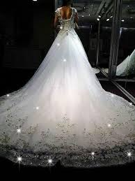 poofy wedding dresses the stunning sparkly wedding dresses