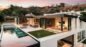 home design plaza ultramodern marcheeta i located on a tight lot in the hills above