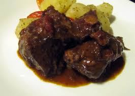 Alton Brown Beef Stew Smells Like Food In Here California Beef Stew With Zinfandel