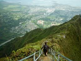 Hawaii Haiku Stairs by Hawaii U0027s Illegal Stairs May Be Closing Business Insider