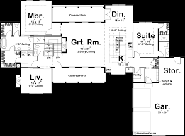 two master bedrooms the floor plan feature that promises a good