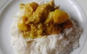 cuisiner escalope de dinde recette escalope de dinde au curry pas chère et simple cuisine