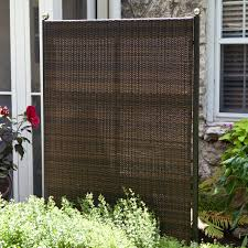 portable outdoor partitions for patios pools and backyards