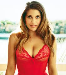 Danielle Fischel Naked - triple threat cle woman crush wednesday danielle fishel