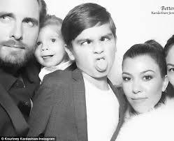 modern family season 6 black friday target kourtney kardashian shares christmas eve snap of her u0027modern