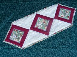 22 amazing machine embroidery christmas table runner makaroka com