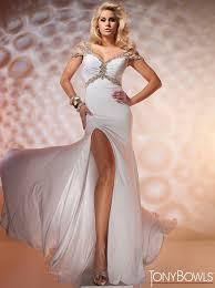 sweetheart neckline dresses bitsy bride