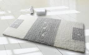 Best Bathroom Rugs Bathroom Rugs Comfort And Esthetic Pleasure De Lune