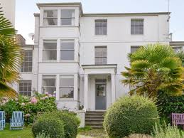 northview ref ukc2249 in ryde isle of wight english country