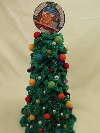 the u0027amazing u0027 topiary trees 50 off lion brand yarn the crochet