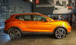 nissan small sports car 2017 detroit auto show nissan rogue sport autonxt