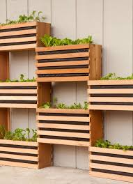 Wall Planters Indoor by Ergonomic Vertical Wall Planter 145 Diy Simple Vertical Wall