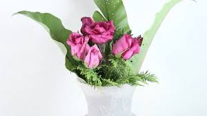 How To Design Flowers In A Vase How To Arrange A Dozen Roses In A Vase 11 Steps With Pictures