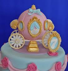cinderella birthday cake cinderella coach birthday cake cakecentral