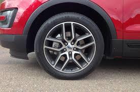 2016 ford explorer drive motor trend